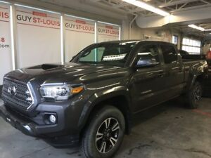 2017 Toyota Tacoma 4x4 Double cab / TRD Sport/ Gps/Mags/clim/aut
