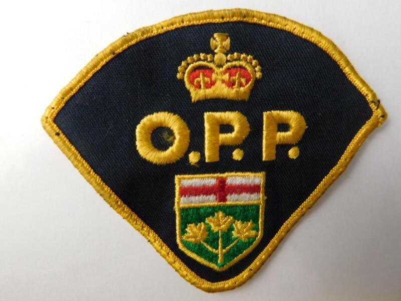 OPP POLICE ONTARIO PROVINCIAL OFFICER SHOULDER PATCH VINTAGE BADGE CREST CANADA