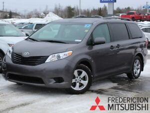 2017 Toyota Sienna 7 Passenger REDUCED | BACK UP CAM | SAVE $...