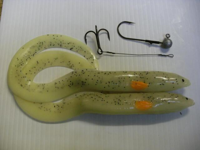 SAVAGE GEAR  REAL EEL LURES 30cm GLOW FOR PIKE, PERCH ZANDER FISHING