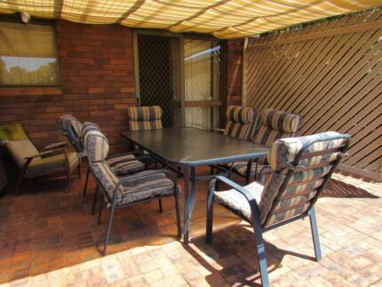 Pre-loved outdoor setting (7 pce) for sale Ferny Hills Brisbane North West Preview