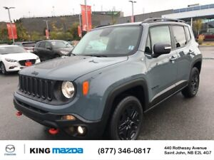 2017 Jeep Renegade Trailhawk 4X4..Trendy..Air..Heated Seats/...
