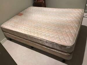 Queen Bed with good condition Melbourne CBD Melbourne City Preview