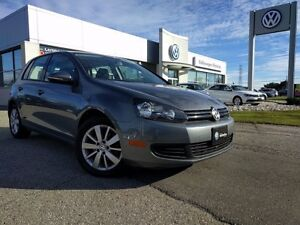 2013 Volkswagen Golf 2.5L Comfortline w/ Connectivity Package