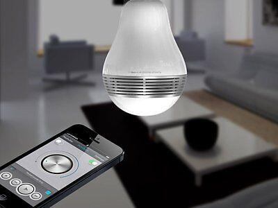 Die App ermöglicht das Verstellen von Licht und Musik. (© MiPow)