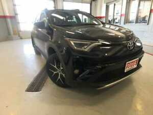 2016 Toyota RAV4 SE|NAVI|ROOF|LEATHER|R-CAM|H-SEATS|AWD|LOW-KMS