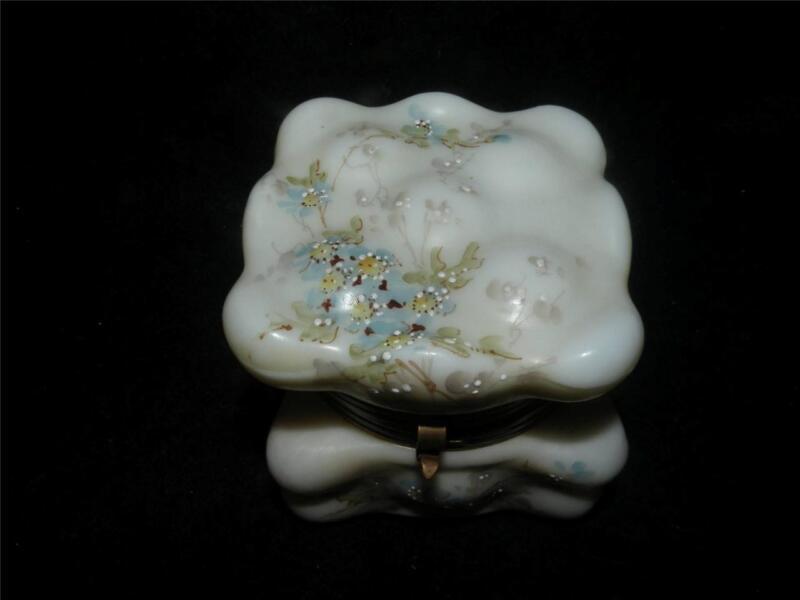 "ANTIQUE WAVEGREST ART GLASS DRESSER  JEWELRY BOX SQUARE 3"" X 3"""