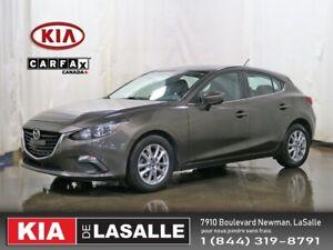 2014 Mazda Mazda3 Sport GS // Camera // Bluetooth // AC // Mags