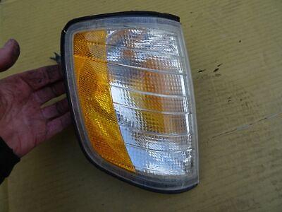 Mercedes Benz W124 E420 V8 US Blinker weiß orange vorne rechts Depo 11 340 1503 gebraucht kaufen  Heppenheim