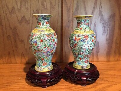 Antique Chinese Enamel Glaze Hand-Painted Porcelain Butterfl-Flower Vases