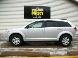 2010 Dodge Journey GET SET FOR WINTER IN THIS WELL-EQUIPPED SUV
