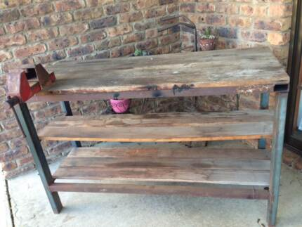 WORK BENCH AND VICE Evandale Northern Midlands Preview