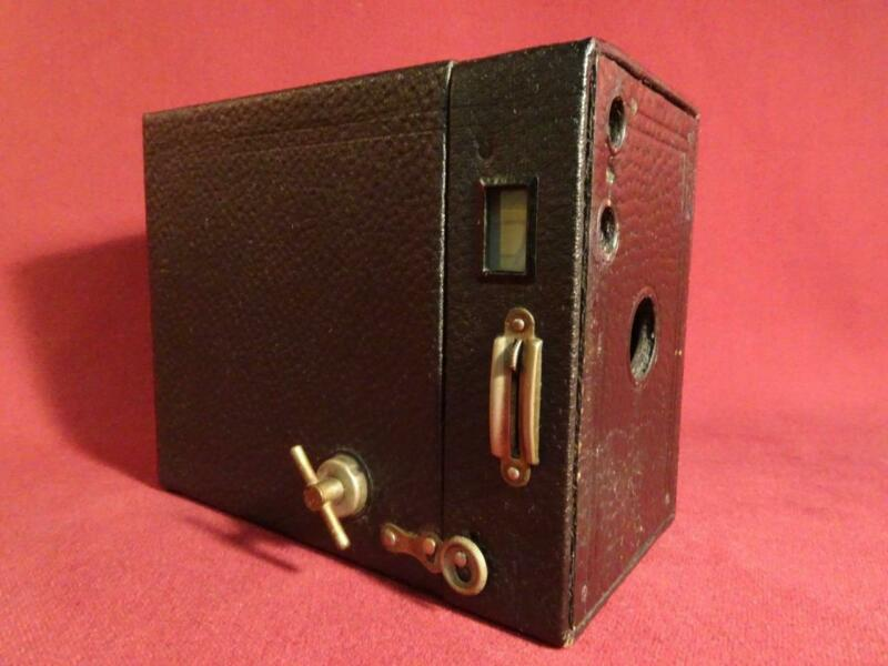 ANTIQUE VINTAGE 1916 BOX CAMERA EASTMAN KODAK BROWNIE No.2A