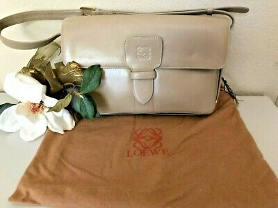 VINTAGE LOEWE'S 1846 LEATHER CROSSBODY BAG