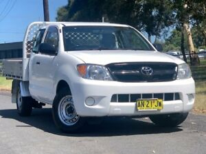 2006 Toyota Hilux GGN15R MY07 SR Xtra Cab 4x2 White 5 Speed Automatic Utility Lansvale Liverpool Area Preview