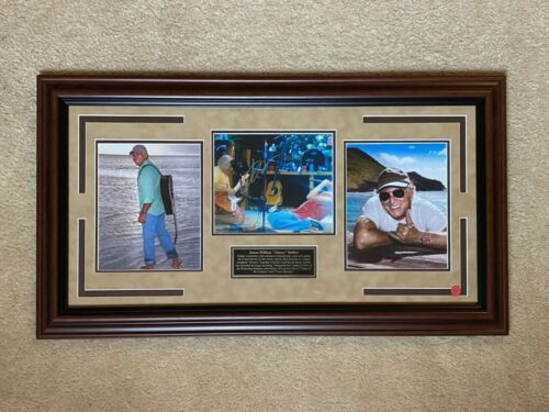 Jimmy Buffet Framed autographed photo with certificate of authenticity