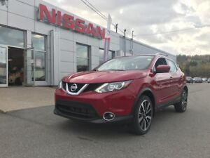 2017 Nissan Qashqai SL AWD FREE WINTER TIRES AND RIMS AND MORE!!