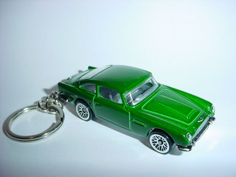 NEW 3D 1963 ASTON MARTIN DB5 CUSTOM KEYCHAIN keyring key JADE finish BOND 007