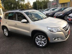 2010 Volkswagen Tiguan Highline/ 4-MOTION/ LEATHER/ SUNROOF/ ALL