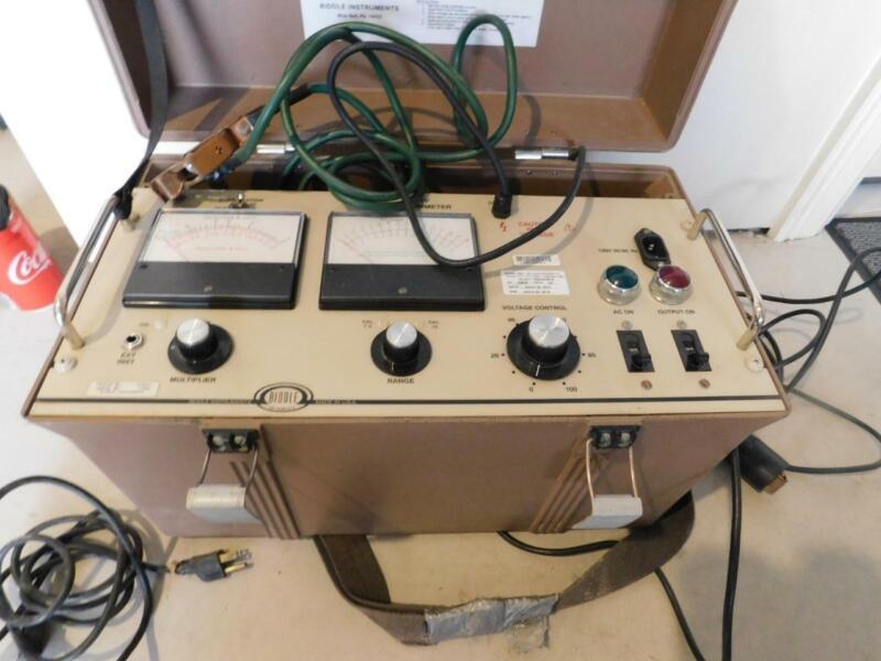 BIDDLE MEGGER CAT# 210415 15 kV MEGOHMMETER INSULATION VOLTAGE TESTER METER