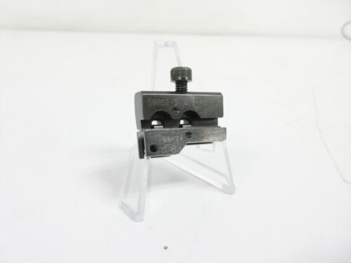 AMP 58052-3 CRIMP TOOL DIE 26 - 22 AWG ULTRA-FAST FASTON RECEPTACLE ~ TYCO
