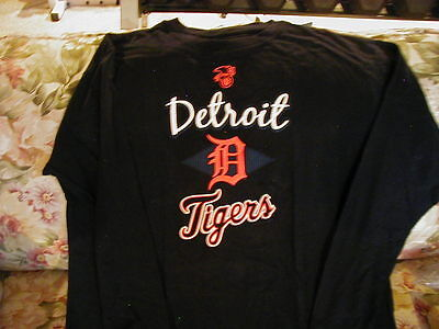 Detroit Tigers Long Sleeve T-Shirt. XLT