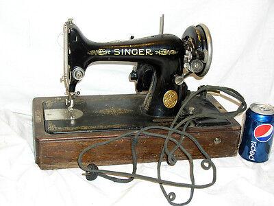 ANTIQUE VINTAGE 1927 SER# AB800532 SINGER SEW SEWING MACHINE W/CASE