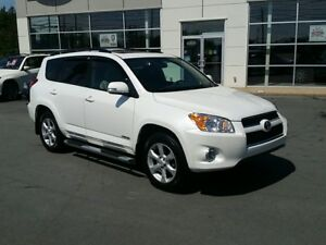 2012 Toyota RAV4 Limited Mint. NAV, Roof, Back Up Camera