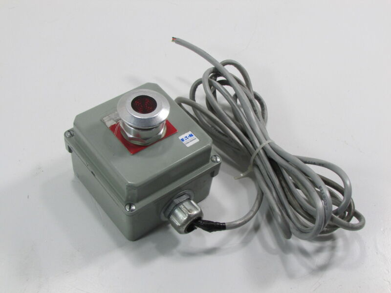 EATON CUTLER HAMMER SWITCH PUSHBUTTON FOR 10250T/E34 CONTROL UNITS