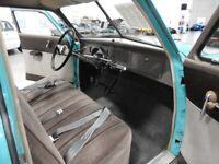 Miniature 12 Coche Americano de época Studebaker Champion 1950