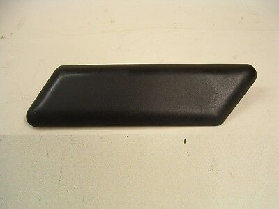 TRIUMPH TROPHY 900 1200 RIGHT HAND SIDE FAIRING PANEL UPPER KNEE PAD