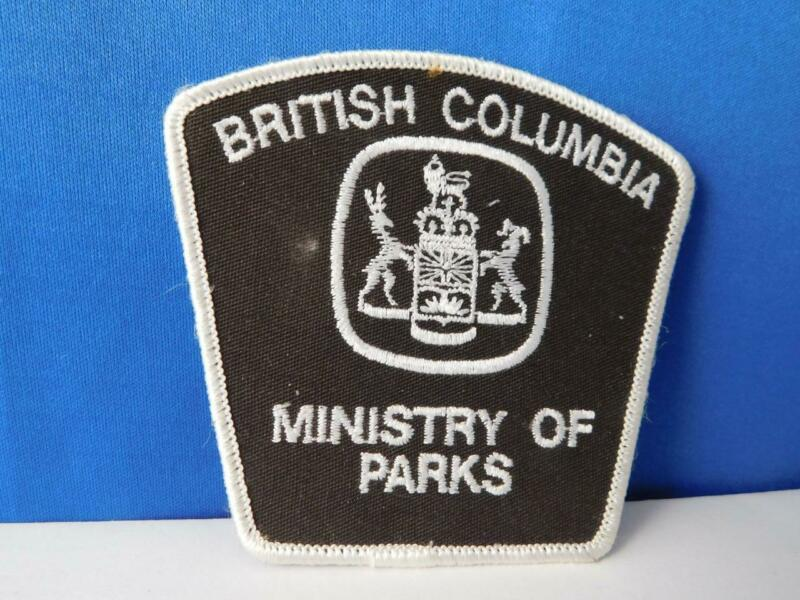 BRITISH COLUMBIA MINISTRY OF PARKS WARDEN  OFFICER VINTAGE PATCH BADGE POLICE