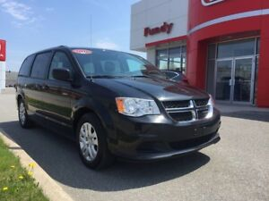 2016 Dodge Grand Caravan Crew LOW LOW KMS