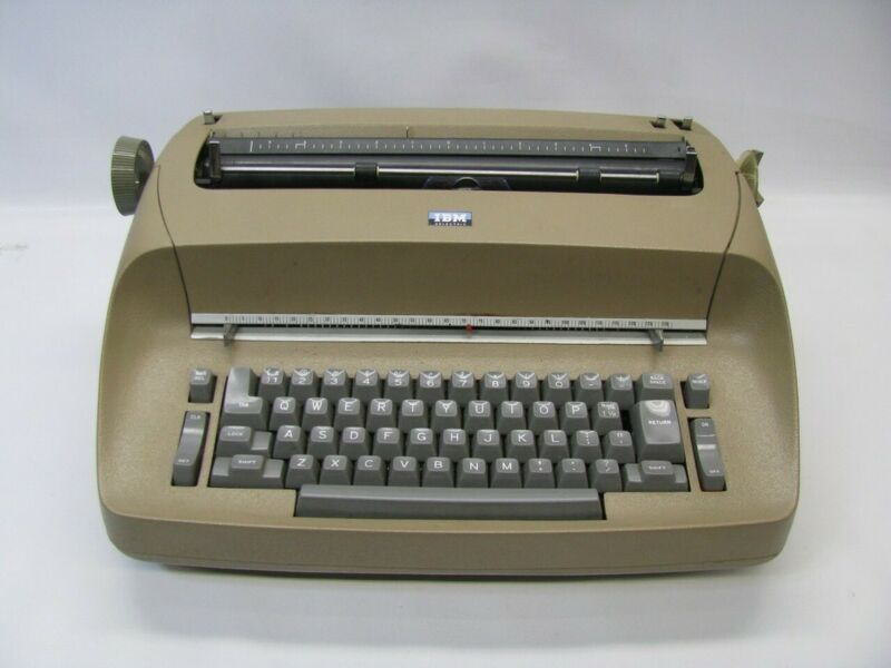 IBM 72 Electric Type Writer