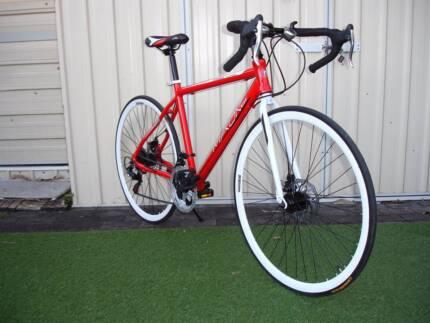 Aluminium red Road Bike