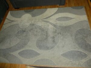 Large Rug. Shades of grey, ideal for wood or tile floors. South Hedland Port Hedland Area Preview