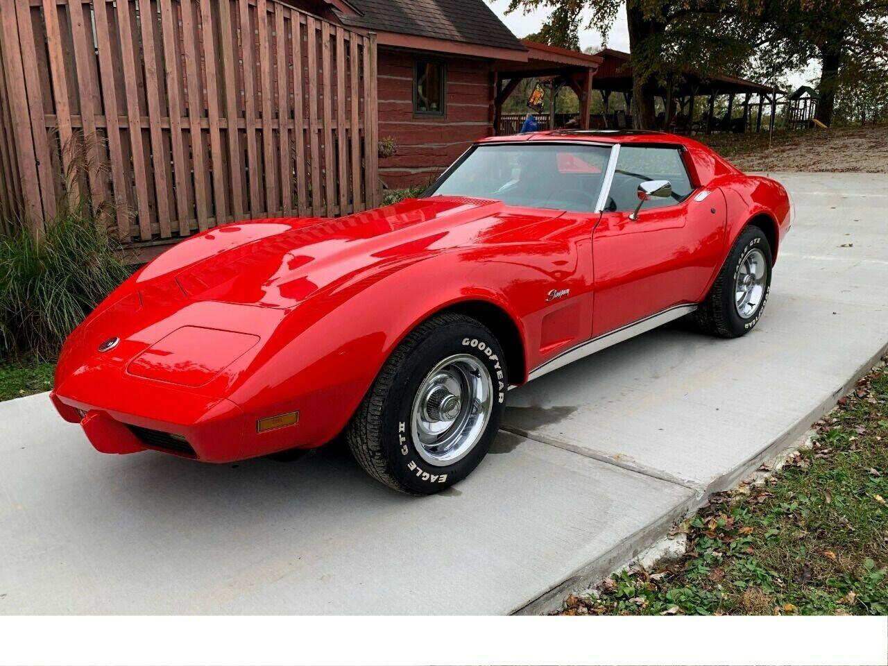 1976 Red Chevrolet Corvette     C3 Corvette Photo 1