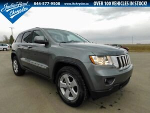 2013 Jeep Grand Cherokee Laredo 4x4 | Sunroof | Nav
