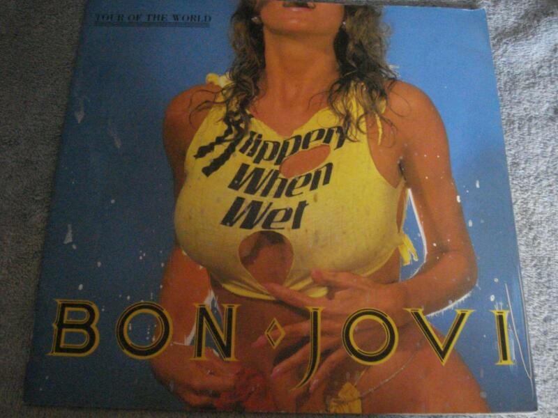 VINTAGE 1987 BON JOVI - TOUR OF THE WORLD-SLIPPERY WHEN WET - CONCERT PROGRAM