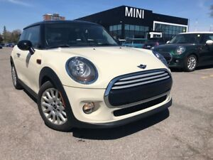 2014 MINI Cooper SUMMER SALE MANAGERS SPECIAL LOW KM PANO SUNROO
