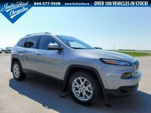 2016 Jeep Cherokee North 4x4 | Sunroof | Bluetooth