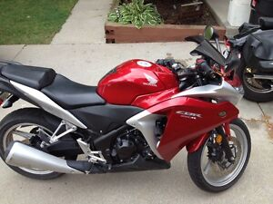 Red Honda 2011 CBR 250 $goes up soon