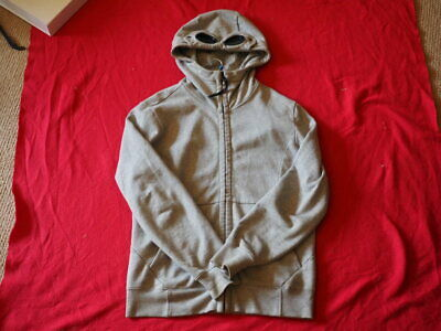 mes cp company hoodie fits medium