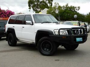2010 NISSAN PATROL ST *** 7 SEATER ** TURBO DIESEL *** LOW KMS ** BIG CHUNKY A/T TYRES