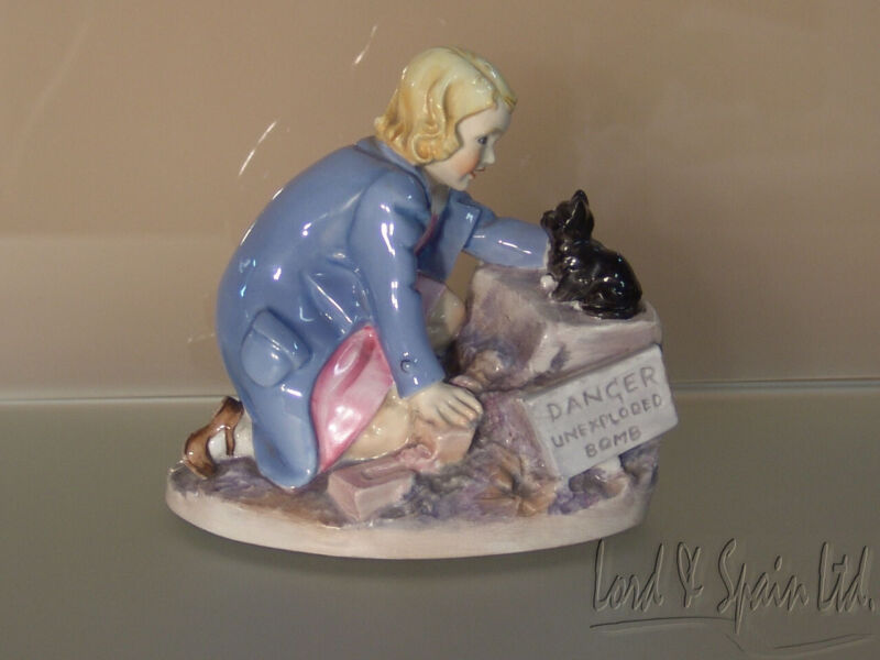 Royal Worcester THE RESCUE Wartime Series Figurine-#3346-Eileen Soper-Ca 1941