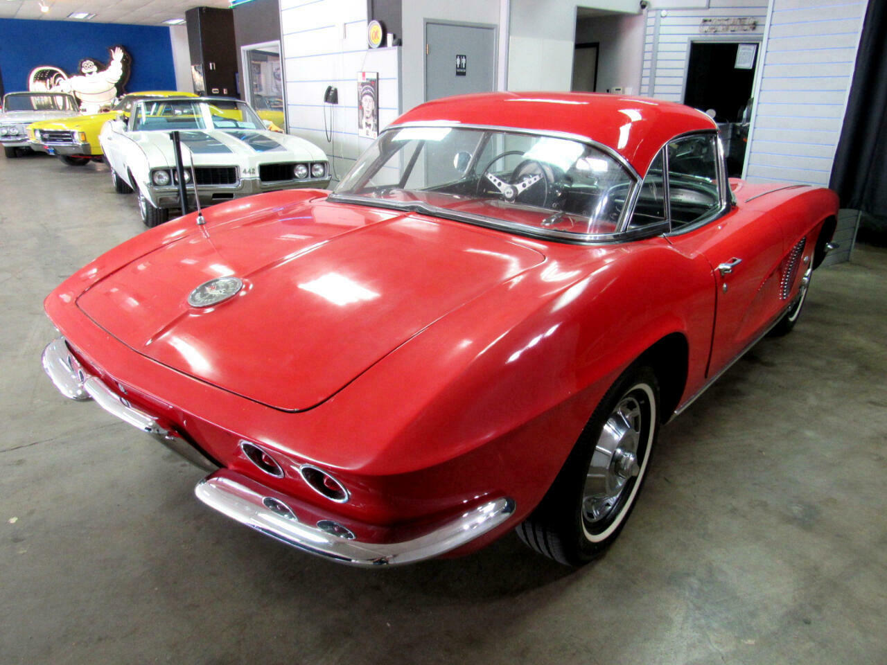 1962 Red Chevrolet Corvette Convertible    C1 Corvette Photo 5
