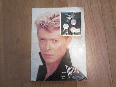 David Bowie Serious Moonlight tour programme and pin badges 1983 RARE