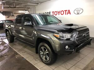 2017 Toyota Tacoma Double Cab TRD + Toit + beaucoup d'extras