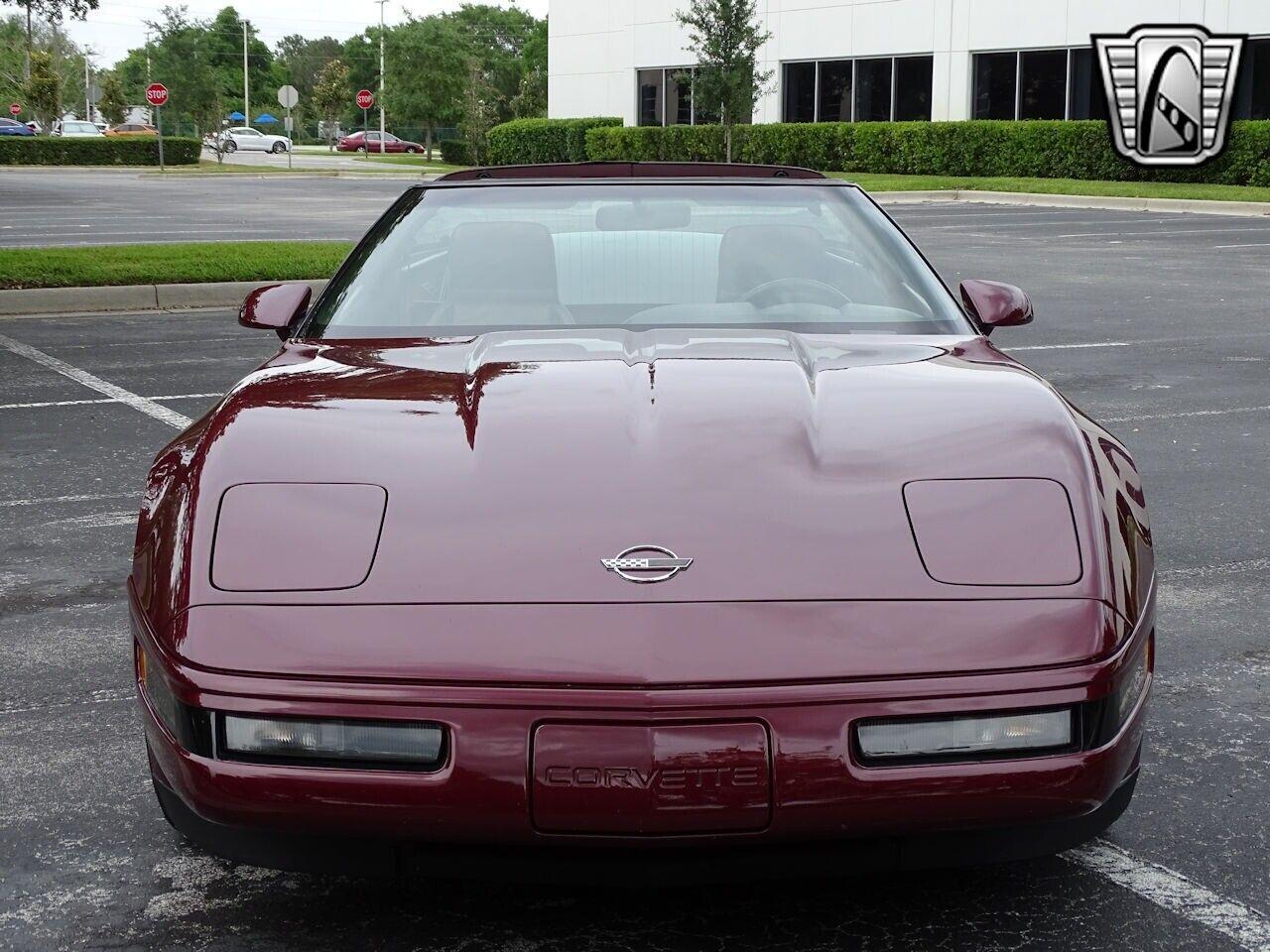 1993 Red Chevrolet Corvette     C4 Corvette Photo 3