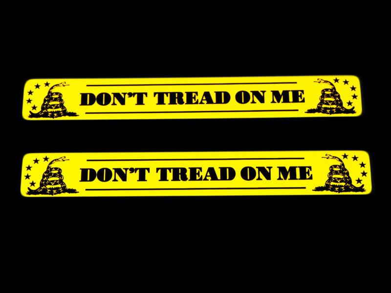 2 DONT TREAD ON ME GADSDEN YELLOW FLAG ALUMINUM EMBLEMS CAR TRUCK SUV RV BADGES
